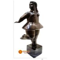 Bailarina del Cubo #3 en Bronce Replica